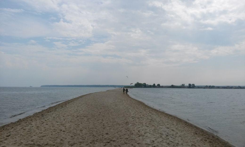 Piaszczysta plaża w Rewie 10